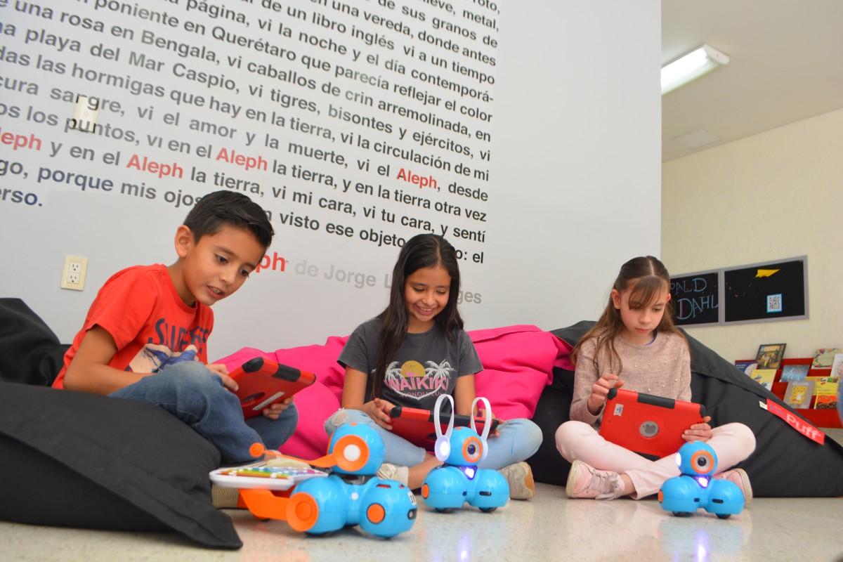Nuestra metodología se nutre de cinco componentes pedagógicos que nos hacen distintos a cualquier otro centro educativo